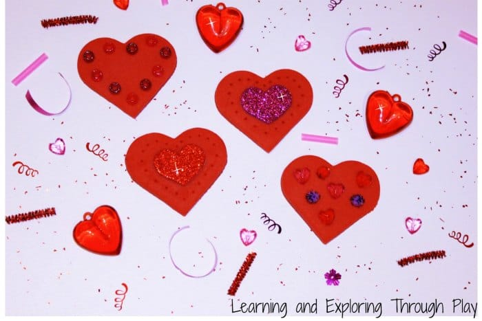 Creating the perfect Valentine's Day date with your toddler. Love this!