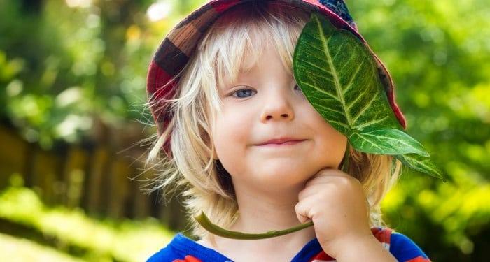 4 GENIUS ways to be a positive parent without being a permissive parent.